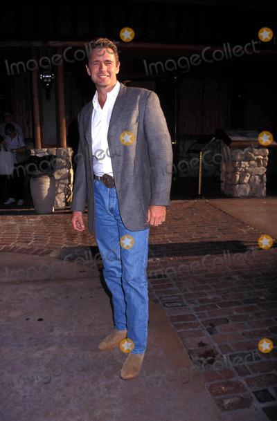 John Schneider Photo - Pre-golden Boots Party John Schneider 1998 Photo by Michelson-Globe Photos