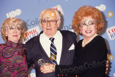 Art Carney Photo - Art Carney with Joyce Randolph and Audrey Meadows A6095 Photo by Adam Scull-Globe Photos Inc