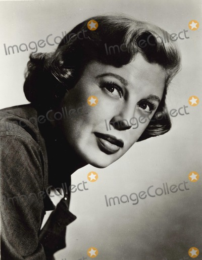 June Allyson Photo - June Allyson 1950 Supplied by Globe Photos Inc