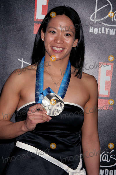 Julie Chu Photo - E Celebrates the Academy Awards Oscar Viewing  After Party at Drais Hollywood W Hotel Hollywood CA 03072010 Julie Chu - 2010 Winter Olympics Athlete Photo Clinton H Wallace-photomundo-Globe Photos Inc