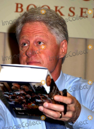 the life of former president bill clinton How to address a former president  as a former elected official, bill clinton does  rank of 'president' for life the office of president is a one-person-at .