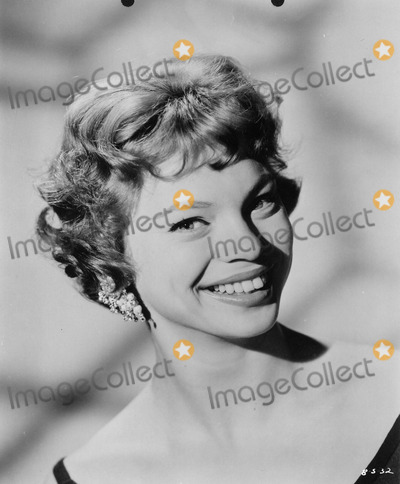 Juliet Prowse Photo - Juliet Prowse Can Can Supplied by Globe Photos Inc