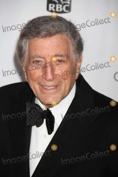 Tony Bennett Photo - Tony Bennett at Film Society of Lincoln Center Presents the 40th Annual Chaplin Award Gala Honoring Barbra Streisand at Avery Fisher Hall 4-22-2013 Photo by John BarrettGlobe Photo