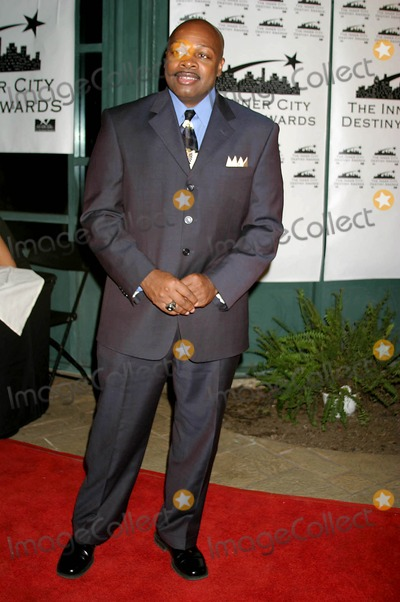 Ken Carter Photo - the 13th Annual Los Angeles Inner City Destiny Awards Honors Coach Ken Carter Celebrity Centre Hollywood  CA 01-16-2005 Photo ClintonhwallacephotomundoGlobe Copyright 2004 Coach Ken Carter