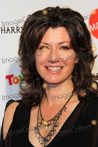 Amy Grant Photo - Amy Grant attends the 2nd Annual Kaleidoscope Ball - Designing the Sweet Side of LA Held at the Beverly Hills Hotel on April 10th 2014 Beverly Hills Californiausa Phototleopold Globephotos