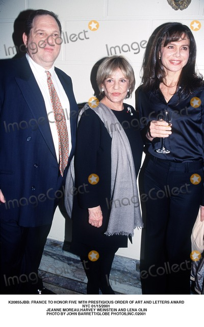 Jeanne Moreau Photo -  France to Honor Five with Prestigious Order of Art and Letters Award NYC 01152001 Jeanne Moreauharvey Weinstein and Lena Olin Photo by John BarrettGlobe Photosinc