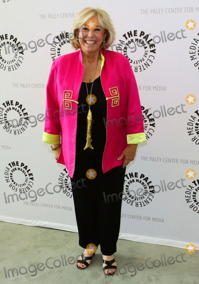 Tina Cole Photo - Tina Cole My Three Sons 50th Anniversary Celebration - Arrivals Held at the Paley Center For Media Beverly Hillscalifornia 06-19-2010 Photo by Tleopold-Globephotos