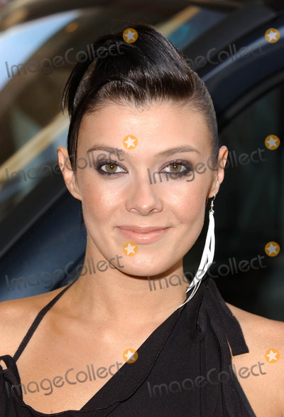 Kym Marsh Photo - KYM MARSHCAPITAL FM RADIO AWARDS  4162003- ROYAL LANCASTER HOTEL LONDONCelebs attend fundraiser for Capital FMs in-house charity Help A London Child and launch of the charitys wider year-long appeal Winners are chosen by Capitals listeners with the ceremony hosted by Foxy broadcast on the station during the dayK30111    PHOTO BY PAUL HENNESSYGLOBELINKUKGLOBE PHOTOS INC
