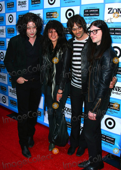 Jack Lawrence Photo - JACK WHITE ALISON MOSSHART DEAN FERTITA JACK LAWRENCETHE DEAD WEATHER POP GROUPThe Los Angeles Film Festival Premiere Of  It Might Get Loud Held At The Manns Festival Theatre In Westwood California 06-19-2009Photo by Graham Whitby Boot-Allstar-Globe Photos incK62464ALST