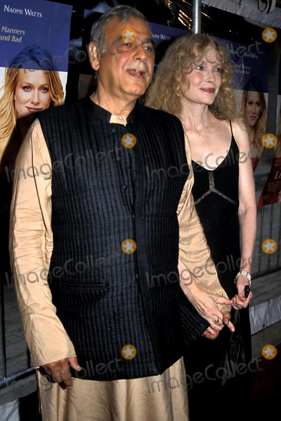 Mia Farrow Photo - Ismail Merchant and Mia Farrow K32149psc Le Divorce Premiere at the Paris Theatre in New York City 852003 Photo Bypaul SchmulbachGlobe Photos Inc