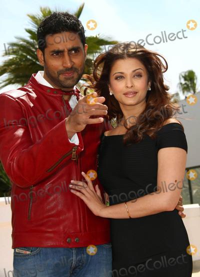 Aishwarya Ra Photo - Abhishek Bachchan  Aishwarya Ra Actors Raavan Photocall 63rd Annual Cannes Film Festival in Cannes  France 05-17-2010 Photo by Daivd Gadd-allstar-Globe Photos Inc
