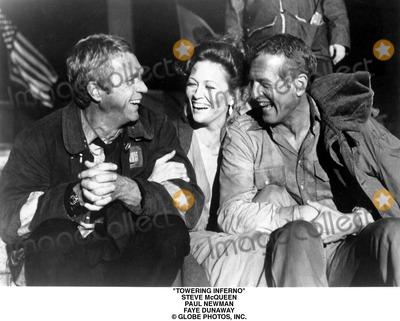 Steve Mcqueen Photo - Towering Inferno Steve Mcqueen Paul Newman Faye Dunaway Globe Photos Inc
