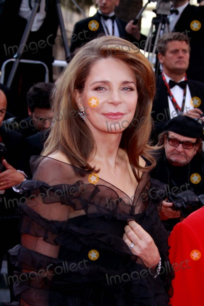 Queen Noor of Jordan Photo - Queen Noor of Jordan Biutiful Premiere 63rd Annual Cannes Film Festival in Cannes  France 05-17-2010 Photo by Alec Michael-Globe Photos Inc 2010