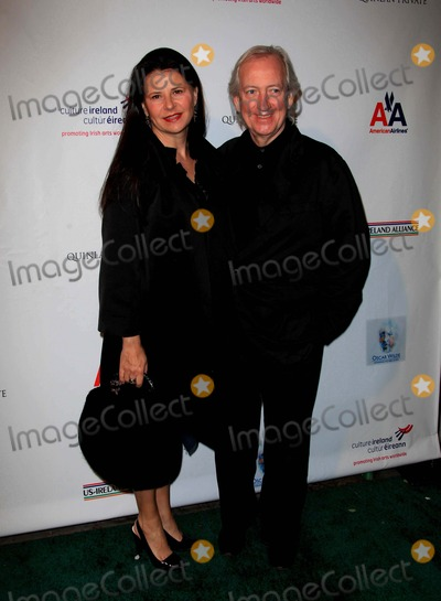Allan McKeown Photo - Tracey Ullman Allan Mckeown Actress  Husband the Us-ireland Alliance Pre-academy Awards Event Held at the Ebell Club of Los Angeles on February 19 2009 in Los Angeles Photo by Graham Whitby Boot-allstar-Globe Photos Inc 2009