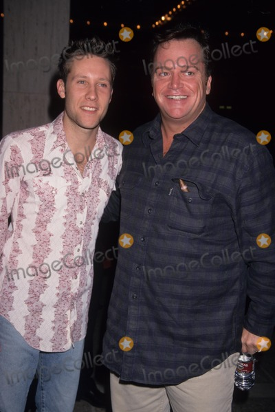 Michael Rosenbaum Photo - Tom Arnold with Michael Rosenbaum the Mighty Premiere in Century City  Ca 1998 K13562lr Photo by Lisa Rose-Globe Photos Inc