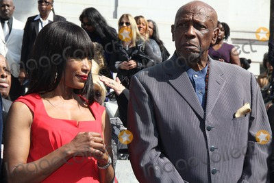Louis Gossett Jr Photo - Mayor Eric Garcetti and the City of Los Angeles Host African American Heritage Month Celebration City Hall Los Angeles CA 02112014 Angela Bassett and Louis Gossett Jr Clinton H WallaceGlobe Photos Inc