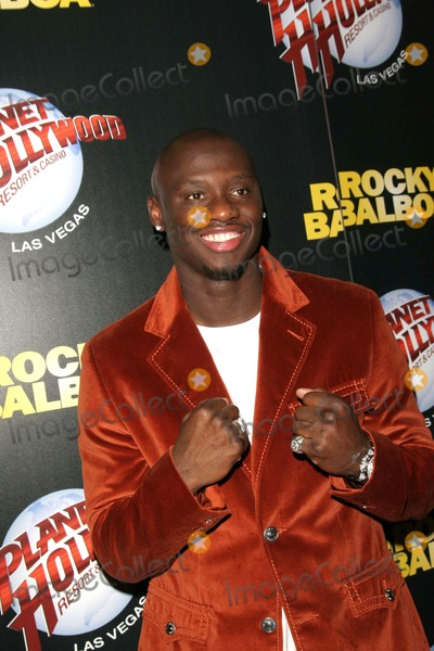 Antonio Tarver Photo - Rocky Balboa Las Vegas Premiere at the Aladdin Planet Hollywood Casino Resort Las Vegas NV 12-19-2006 Photo by Ed Geller-Globe Photos 2006 Antonio Tarver