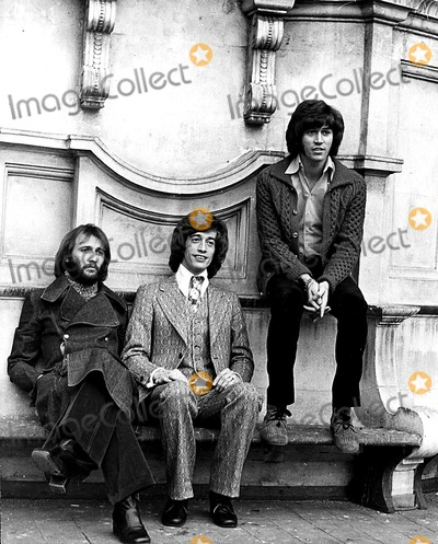 Bee Gees Photo - The Bee Gees Maurice Robin and Barry Gibb Globe Photos Inc Beegeesretro