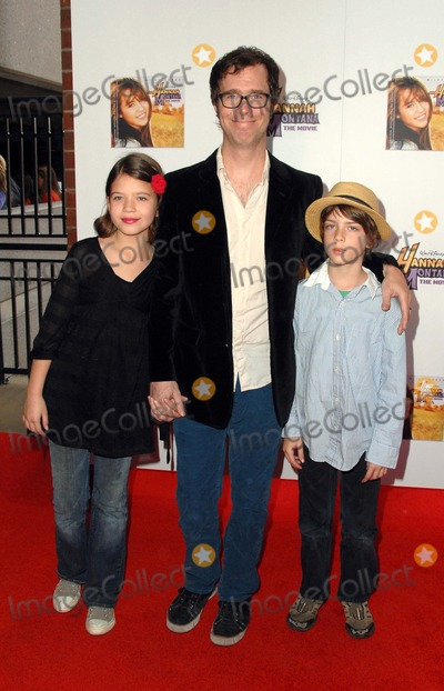 Photos and pictures hannah montana the movie vip for Where is clint black and lisa hartman