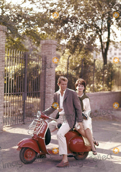 Troy Donahue Photo - Troy Donahue and Suzanne Pleshette Photo by Patrick Morin-Globe Photos