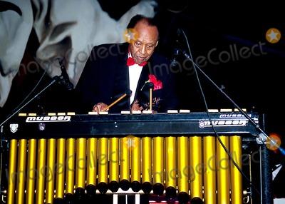Lionel Hampton Photo - Sd0421 Lionel Hampton 85th Birthday Photo Bymitchell LevyrangefindersGlobe Photos Inc