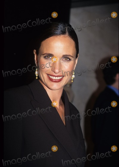 Andie Macdowell Photo - Andie Macdowell Fashion and Beauty Awards at Four Seasons in New York 1997 K9707smo Photo by Sonia Moskowitz-Globe Photos Inc