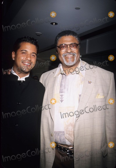 Rosey Grier Photo - Rosey Grier with Son Roosevelt Kennedy Grier at Quincy Jones Honors Youth Delegation  Caa Beverly Hills Ca 2000 K19929np Photo by Nina Prommer-Globe Photos Inc