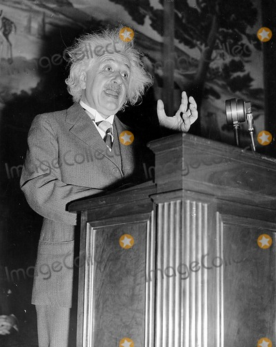 Albert Einstein Photo - Dr Albert Einstein 1946 Globe Photos Inc