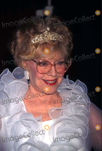 Dorothy Loudon Photo - Tribute to Kander and Kbb at the Supper Club  New York City 04281997 Photo Walter Weissman Globe Photos Inc 1997 Dorothy Loudon Dorothyloudonretro