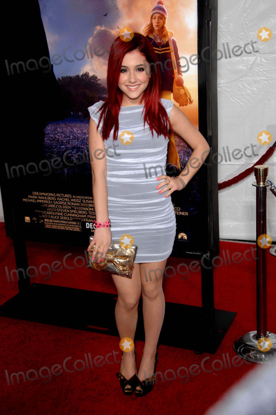 Arianna Grande Photo - Arianna Grande During the Premiere of the New Movie From Paramount Pictures the Lovely Bones Held at Graumans Chinese Theatre on December 7 2009 in Los Angeles Photo Michael Germana - Globe Photos Inc 2009