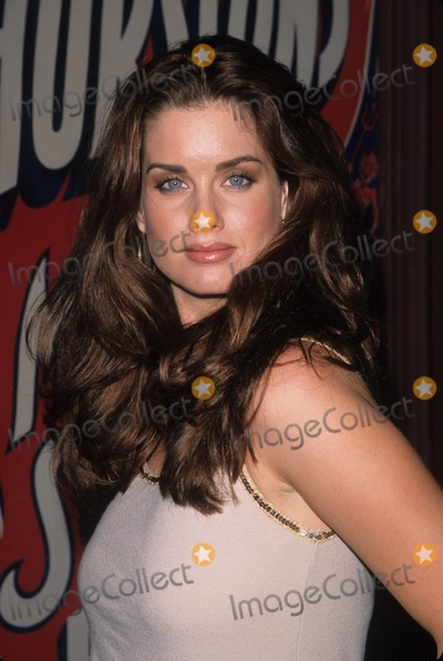 Carrie Stevens Photo - Carrie Stevens Life Is but a Scream at the Magic Castle in Hollywood  Ca 2000 K20231psk Photo by Paul Skipper-Globe Photos Inc