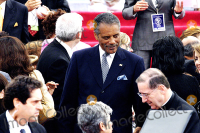Inauguration Ceremony Photo - City of Los Angeles Inaugural Ceremony For the New Mayor Antonio Villaigosa Held on the South Lawn of City Hall on July 1 2005 Councilman Bernard Parks 8th District