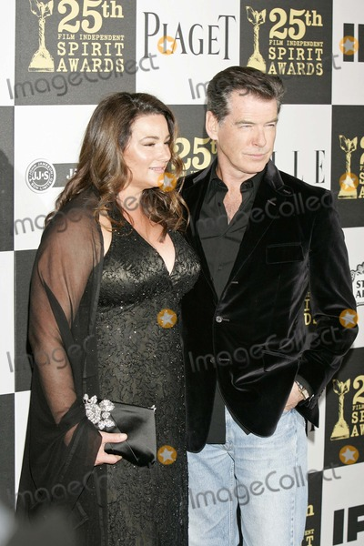 Keely Shaye-Smith Photo - Pierce Brosnan and Keely Shaye Smith the 25th Annual Independent Spirit Awards Nokia Event Deck March 5 2010 Los Angeles Ca Roger Harvey