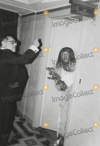 Flip Wilson Photo - Flip Wilson Appeared in Drag at NY Tribute to Frank Sinatra Photo Hy SimonGlobe Photos Inc
