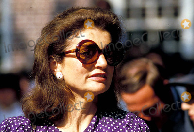Jackie Onassis Photo - Jacqueline Kennedy Onassis at Brown Universtiy For Her Sons Graduation Photojames Colburn  Ipol  Globe Photos Inc 1983 Jacquelinekenndeyonassisretro