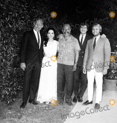 Linda Cristal Photo - Leif Erickson Linda Cristal Frank Silvera Henry Darrow and Mark Slade Cast of High Chaparral a937-1a Nate CutlerGlobe Photos Inc