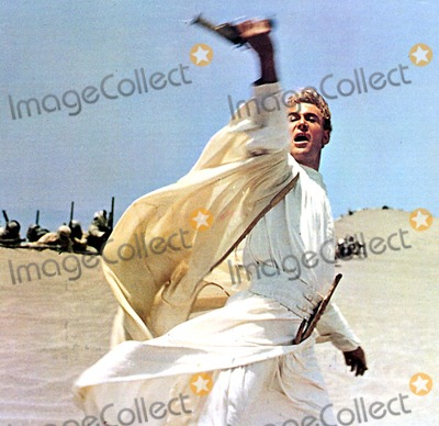 Peter OToole Photo - Peter Otoole in Lawrence of Arabia 1962 Supplied by Globe Photos Inc Peterotooleretro