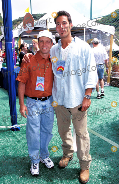 Dan Cortese Photo - Pediatric Aids Picnic Los Angeles 06-07-1998 Scott Hamilton and Dan Cortese Photo by Lisa Rose-Globe Photos Scotthamiltonretro