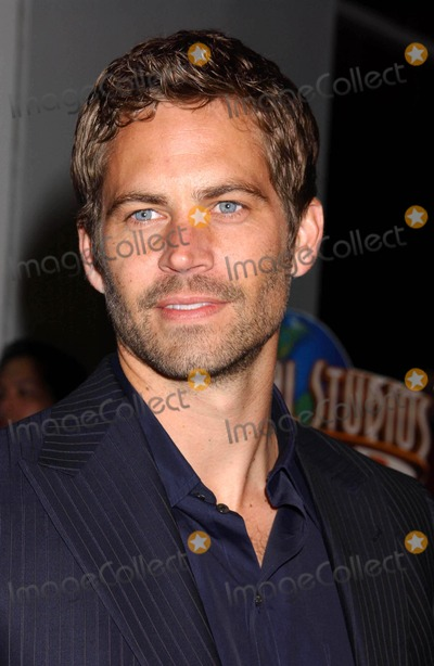 Paul Walker Photo - Paul Walker attends the Los Angeles Premiere of Fast  Furious at the Universal Studios Gibson Amphitheatre Universal City CA 03-12-2009  Photo by Phil Roach-ipol-Globe Photos