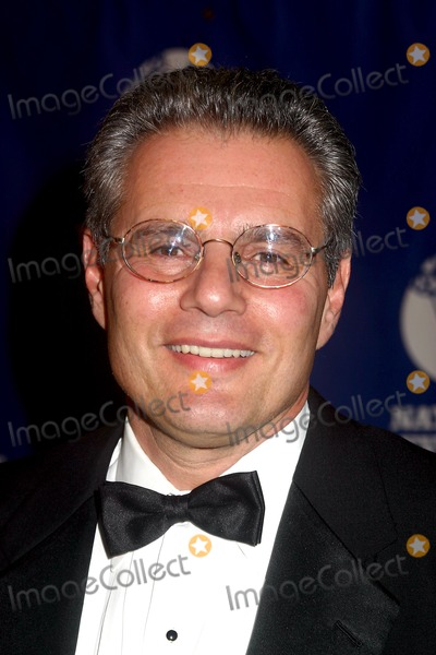 Armen Keteyian Photo - 25th Annual Sports Emmy Awards at the New York Marriott Marquis  New York City 04192004 Photo Mitchell Levy  Rangefinders  Globe Photosinc 2004 Armen Keteyian
