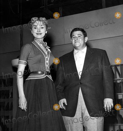 Buddy Hackett Photo - Janet Leigh and Buddy Hackett Supplied by Globe Photos Inc Janetleighretro