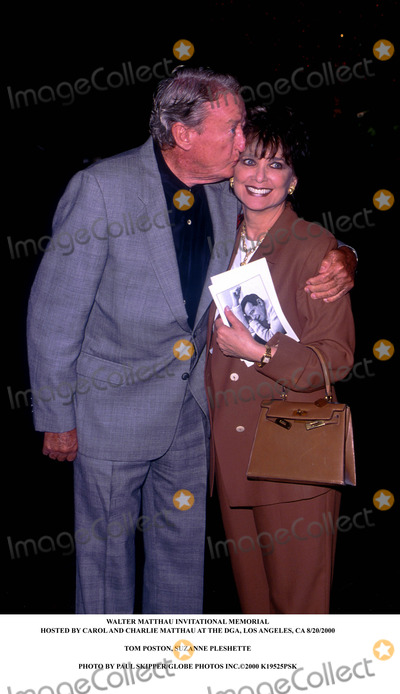 Walter Matthau Photo - Walter Matthau Invitational Memorial Hosted by Carol and Charlie Matthau at the Dga Los Angeles CA 8202000 Tom Poston Suzanne Pleshette Photo by Paul SkipperGlobe Photos Inc2000