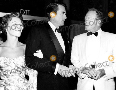 Veronique Peck Photo - Gregory and Veronique Peck with Van Heflin A399-10 Globe Photos Inc Gregorypeckretro