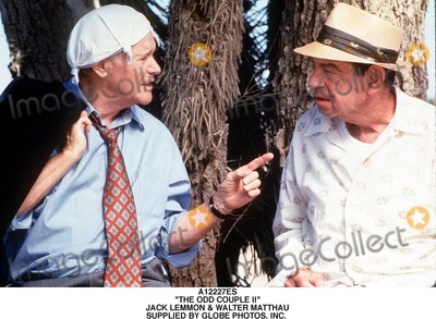 Walter Matthau Photo - the Odd Couple Ii Jack Lemmon  Walter Matthau Supplied by Globe Photos Inc