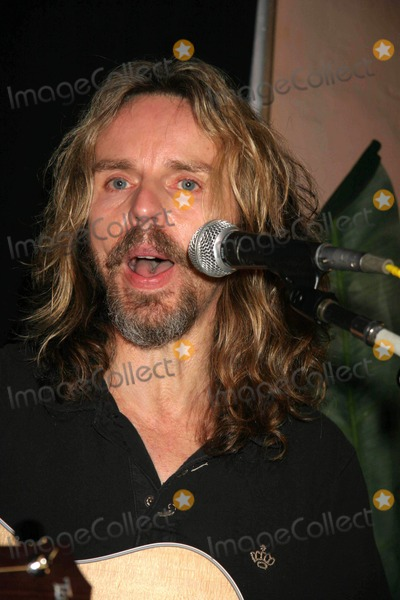 Jack Blades Photo - Vh 1 Classic Roadshow - Next Stop Los Angeles Performance by Tommy Shaw of Styx  Jack Blades of Night Ranger Spider Club Hollywood CA 04-27-2006 Photo Clinton H WallacephotomundoGlobe Photos Tommy Shaw of Styx