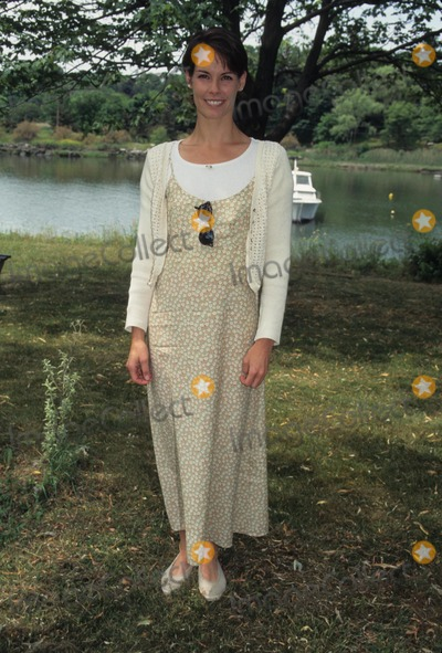 Alexandra Paul Photo - Alexandra Paul at Red Cross Waterfront Festival in Greenwich  CT 1995 K1828hmc Photo by Henry Mcgee-Globe Photos Inc