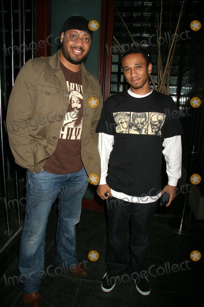 Aaron McGruder Photo - M Lounge Opening Night Party Republic West Hollwood CA 11-14-2006 Cedric Yarbrough and Aaron Mcgruder - Creator of the Boondocks Cartoon Tv Series Photo Clinton H Wallace-photomundo-Globe Photos Inc