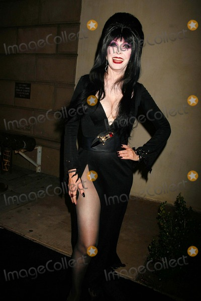 Elvira Photo - Elvira Hosts the 3rd Annual Forplay Pre-halloween Costume Couture Fashion Show and Party Boulevard3 Hollywood CA 102407 Elvira Photo Clinton H Wallace-photomundo-Globe Photos Inc