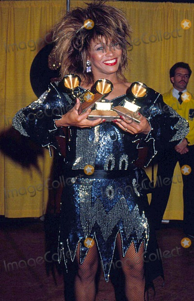 Tina Turner Photo - Tina Turner at the Grammys Awards 1985 13577 Photo by Phil Roach-ipol-Globe Photos Inc