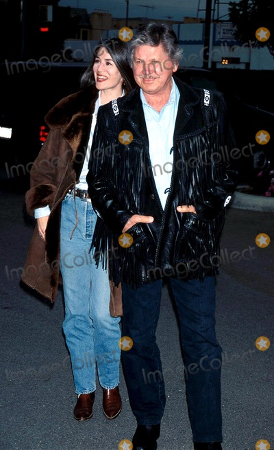 Kim Weeks Photo - 1995 Share Boomtown Awards Charles Bronson_kim Weeks Photo by Milan RybaGlobe Photosinc Charlesbronsonretro
